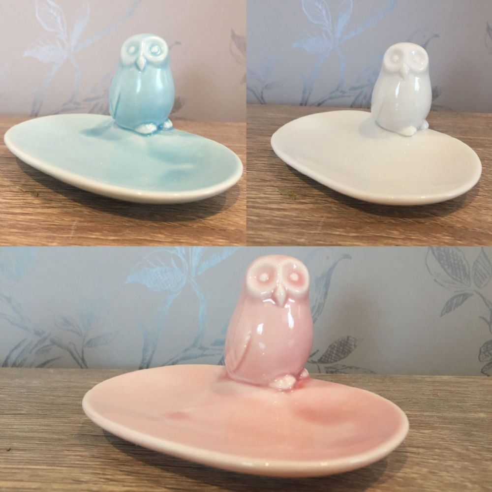 Small Pastel Owl Soap Dish ~ White